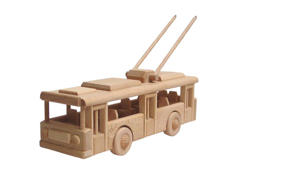 dřevěný-trolejbus-Škoda 14Tr
