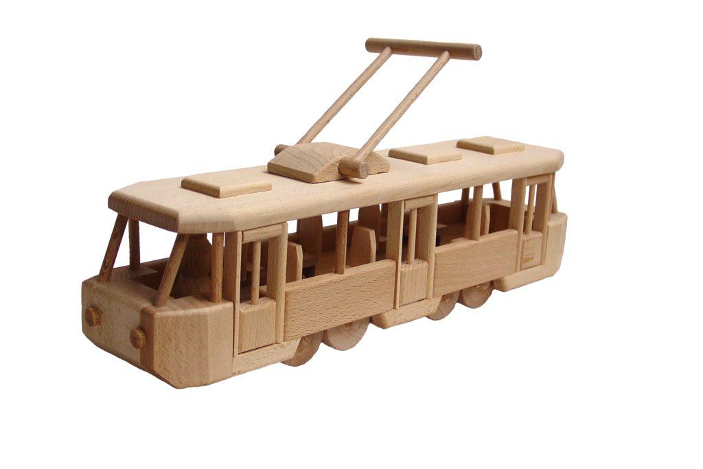 dřevěná-tramvaj-Tatra T3